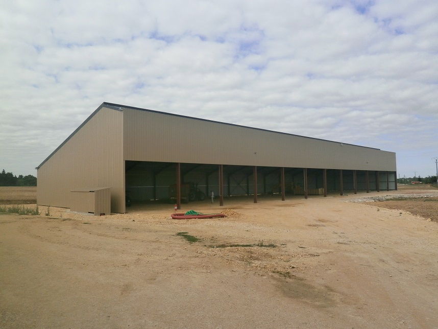 Hangar solaire de stockage 250 kWc